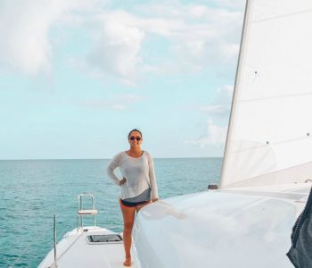 This blogger makes $100k/month from her sailboat