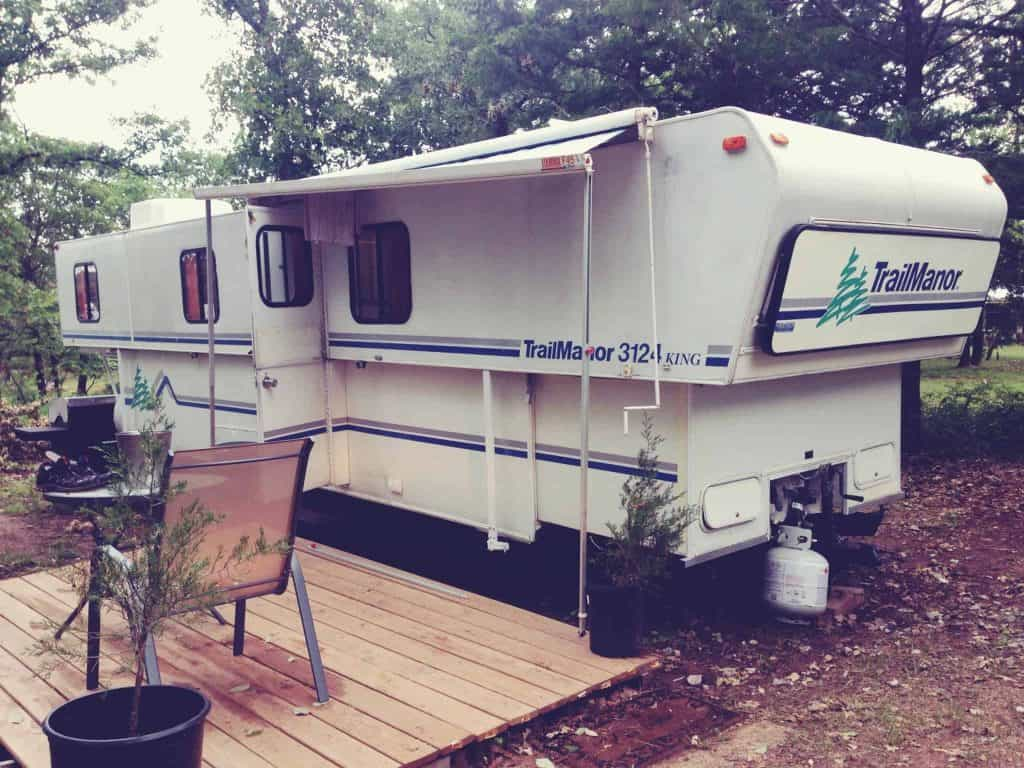 This cheap RV served as home for a young couple trying to pay off their debt in under a year