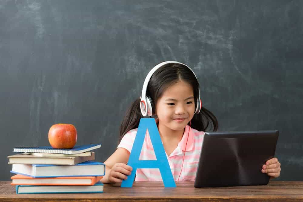 chinese child learning English online