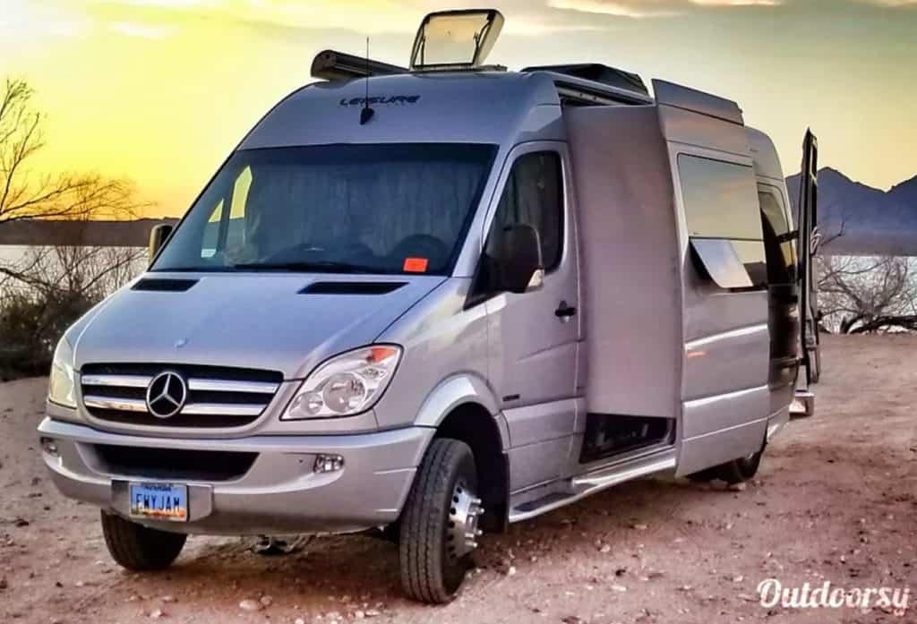 Leisure van rental with a slide-out in Las Vegas