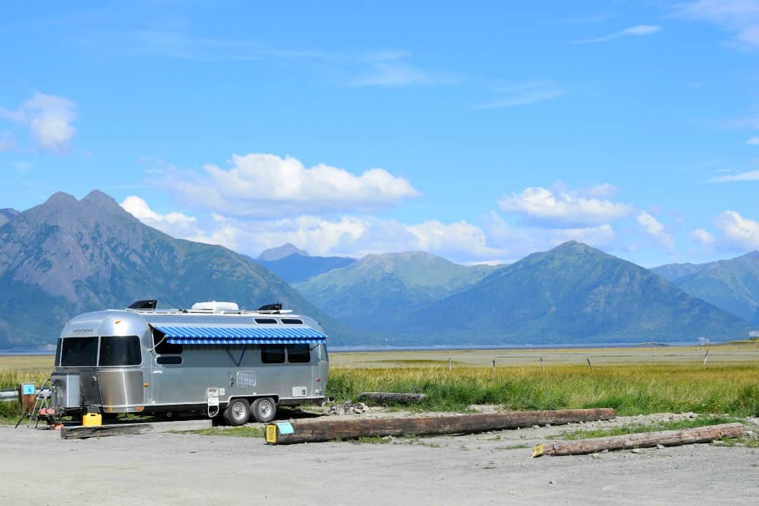 An airstream trailer boondocking to save money on RVing