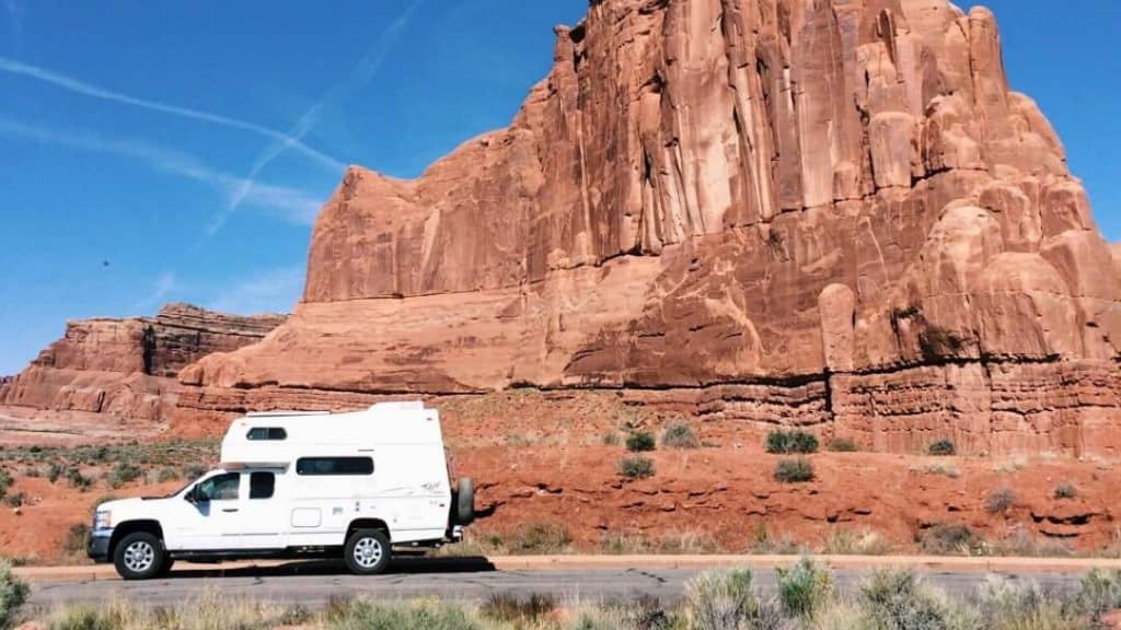 There are several handy apps and a book to help find cheap RV campsites