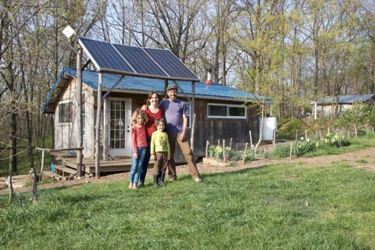 The cost to build this tiny house was just $10,000