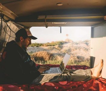 30+ ways you can make money living on the road