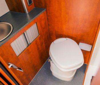 12 storage ideas for your RV bathroom