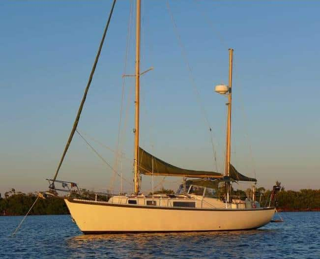Hallberg-Rassy 35 Rasmus small bluewater sailboat