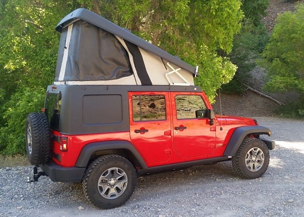 Jeep camper with a pop top