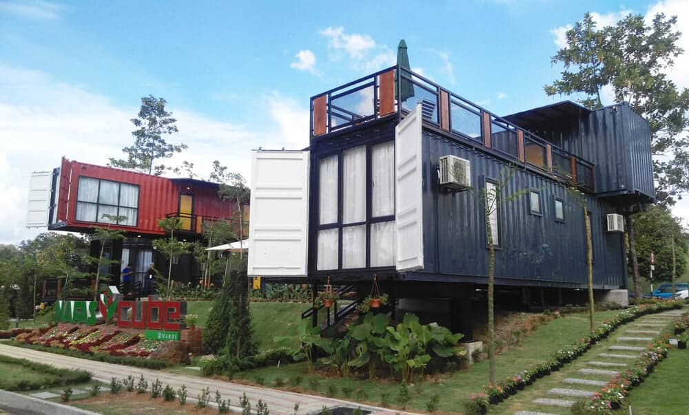Peachy 9 Shipping Container Homes You Can Buy Right Now The Home Interior And Landscaping Dextoversignezvosmurscom
