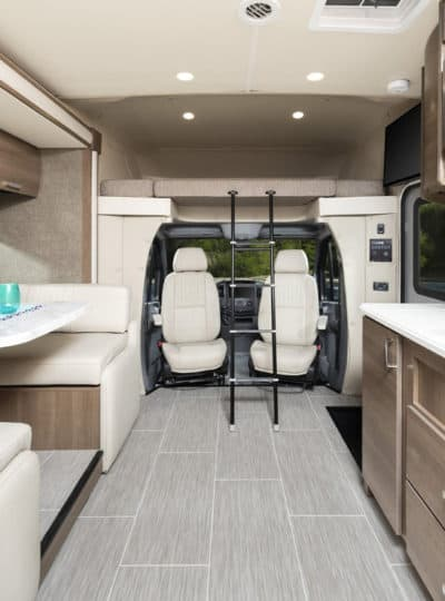 Small motorhome Pulse interior