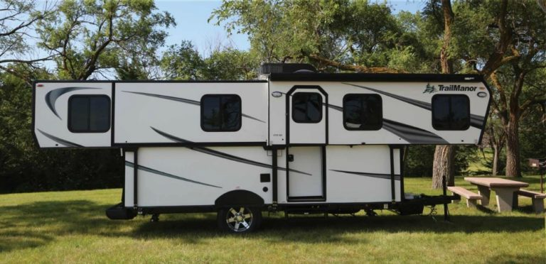 Trailmanor hard side pop up camper exterior.