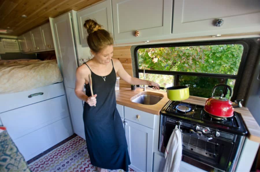 What is the Best Oven for Van Life? Our Top 4 Picks