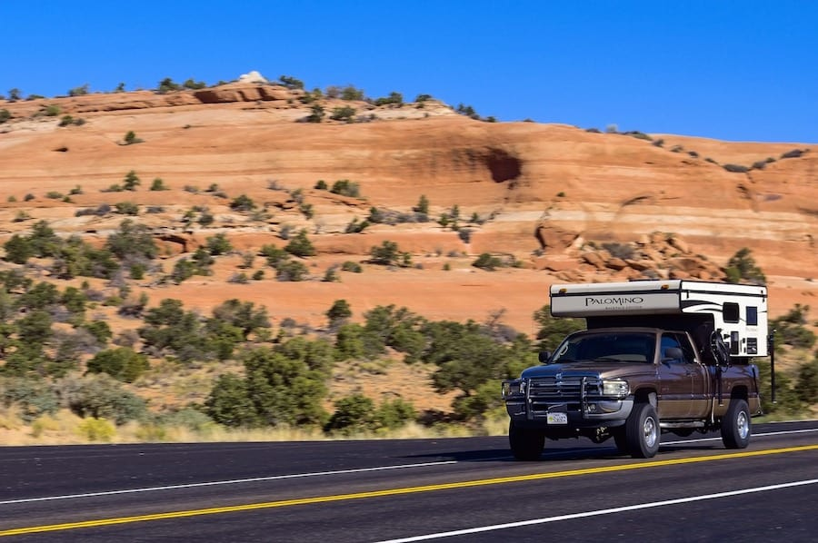 5 Best Slide-In Campers for Small Trucks - Featured Image PC MikeGoad via Pixabay