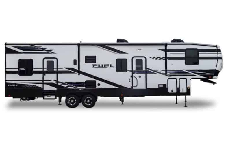 Heartland Fuel 352 exterior view
