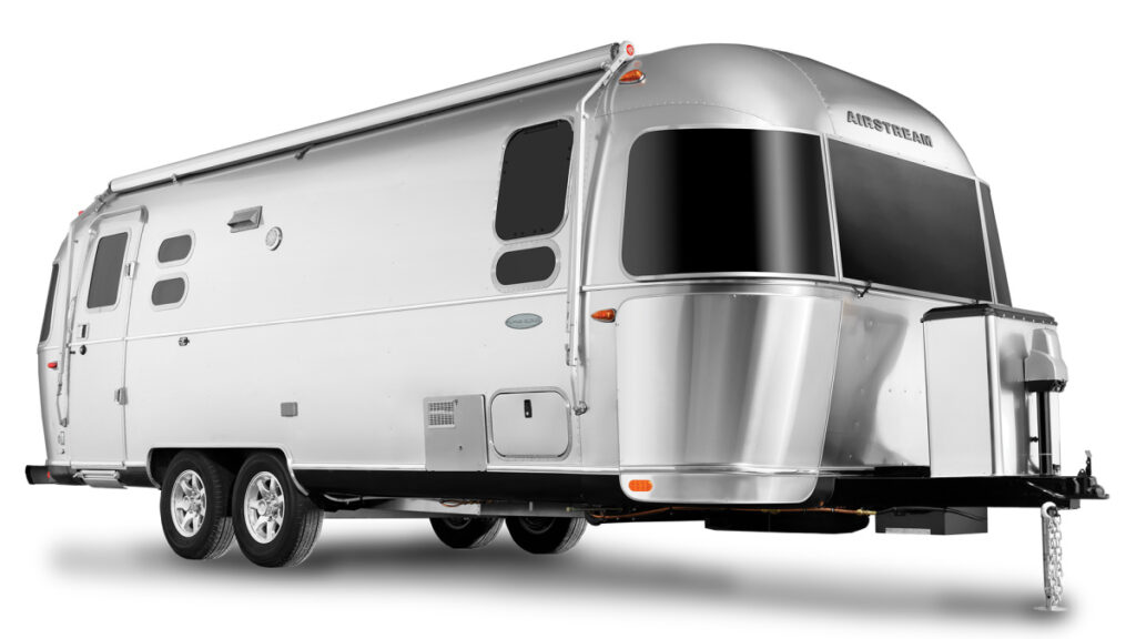 Airstream Flying cloud is plenty big enough for a family of 4