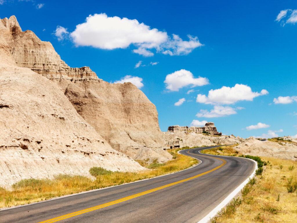 Road winding through Badlands state park in South Dakota
